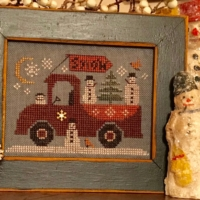 Homespun Elegance TRAVELING SNOWMAN TRUCK Cross Stitch Pattern