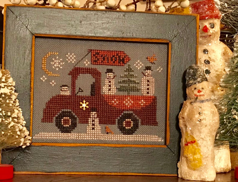Homespun Elegance TRAVELING SNOWMAN TRUCK Cross Stitch Pattern