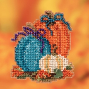Mill Hill PUMPKIN TRIO Cross Stitch Kit