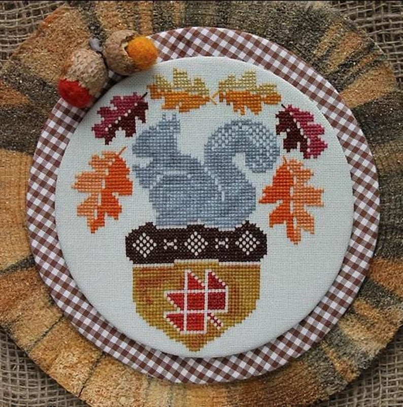 Luhu Stitches A SQUIRREL and HIS NUT Cross Stitch Pattern