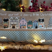Twin Peak Primitives HAVE YOURSELF a MERRY Little Christmas Cross Stitch Pattern