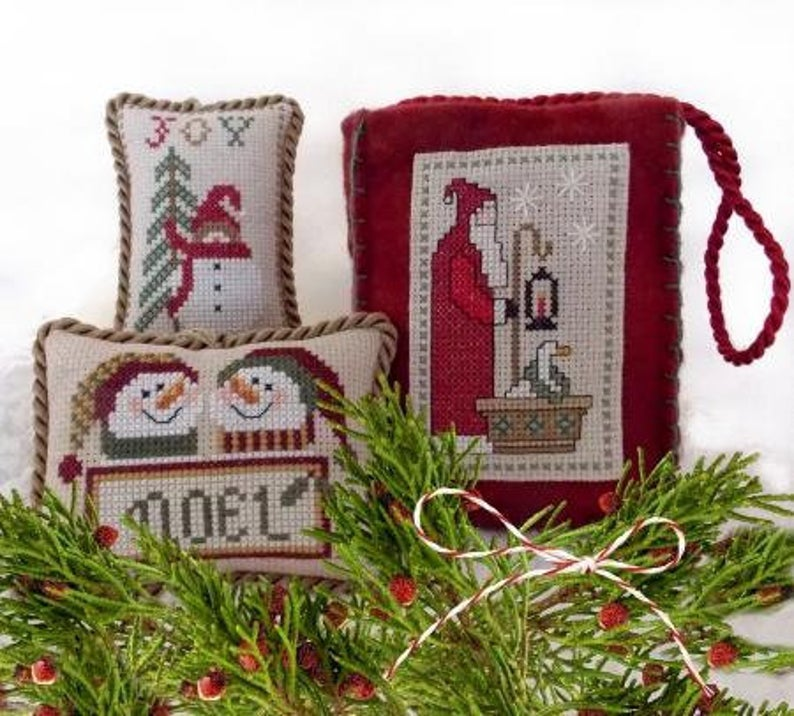 Plum Pudding NeedleArt ALL THE TRIMMINGS Cross Stitch Pattern