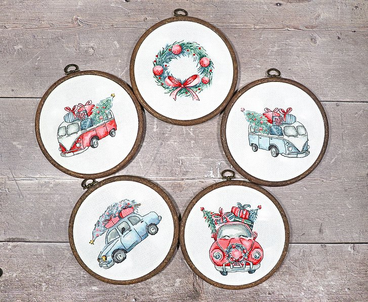 CHRISTMAS RETRO CARS Cross Stitch Kit by Letistitch