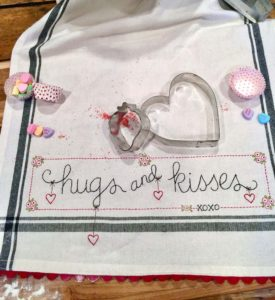Bareroots HUGS & KISSES Hand Embroidery Dishtowel Kit