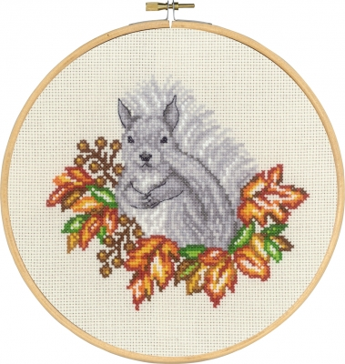 Permin SQUIRREL IN FALL Cross Stitch Kit